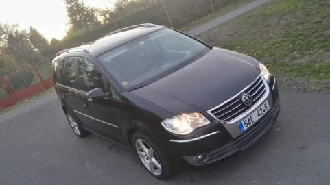 VW Touran 2, 0 TDI 125kW, Highline